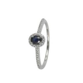 Zaujímavý prsteň so zafírom a diamantmi