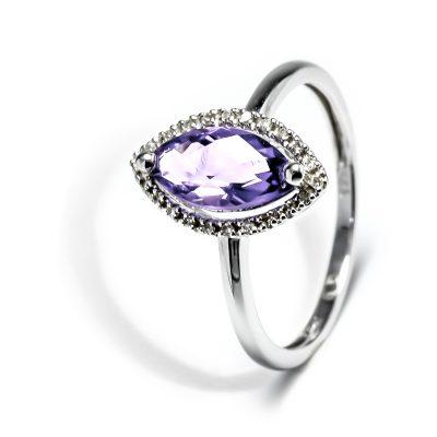 Vynímočný diamantový prsteň s ametystom