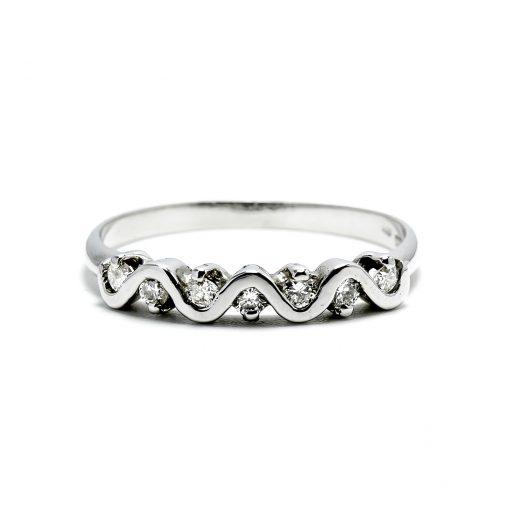 Žiarivý diamantový prsteň z bieleho zlata