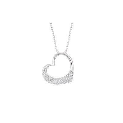 Zaujímavý diamantový privesok v tvare srdca