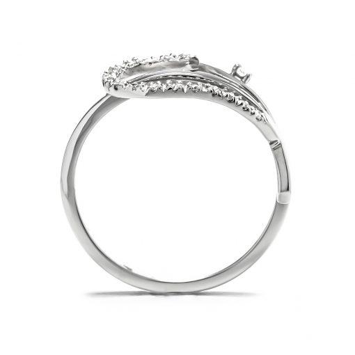 Jedinečný diamantový prsteň