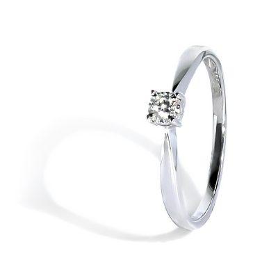 Luxusný diamantový prsteň