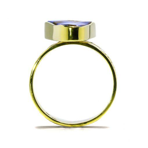 Netradičný prsteň s Australským bound Opálom