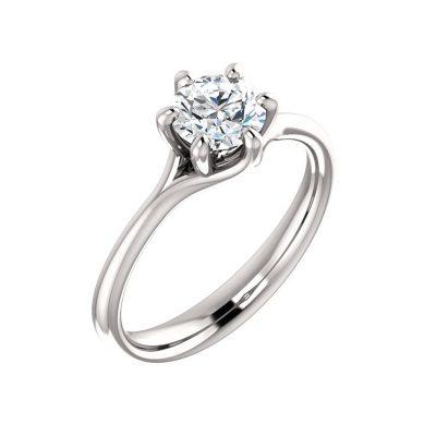 Zaujímavý diamantový prsteň