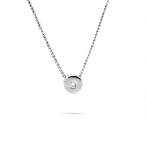 Drobný prívesok s diamantom