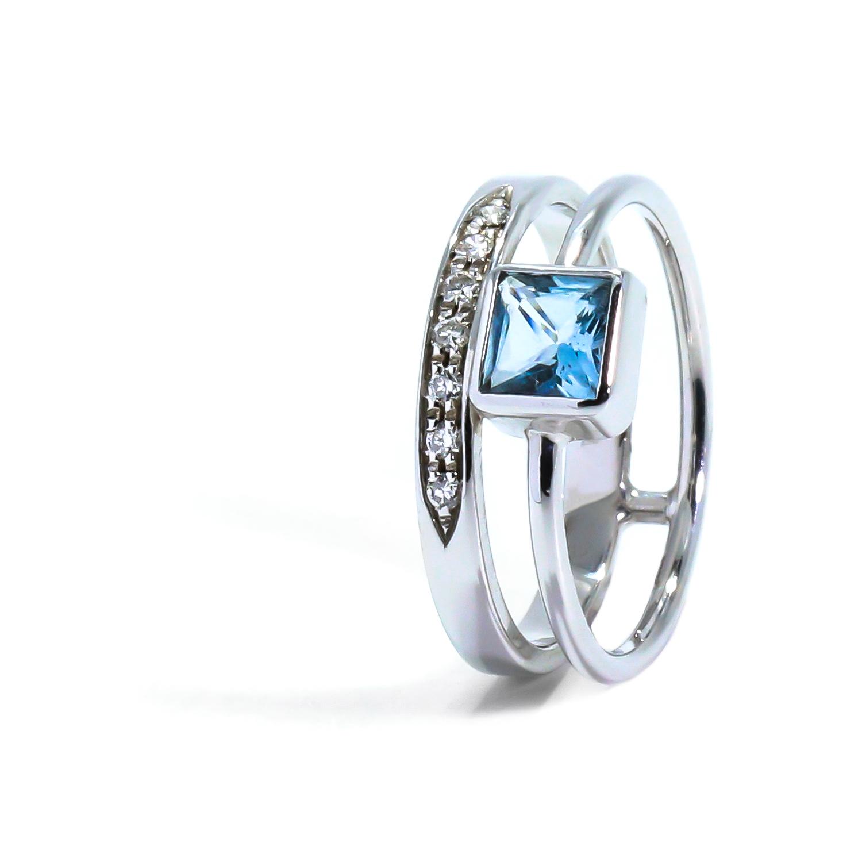 Zaujímavý diamantový prsteň s Topázom