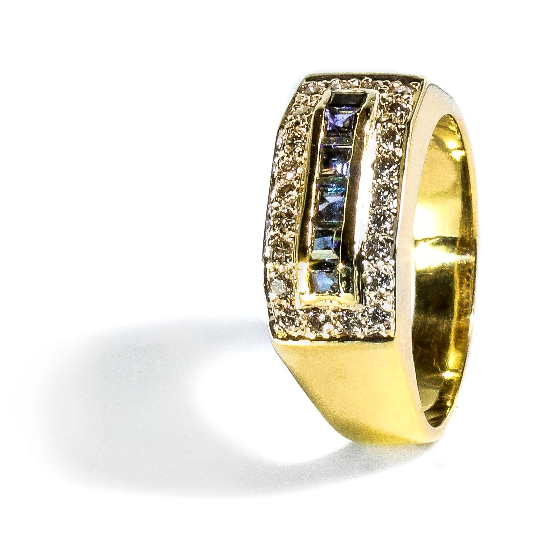 Elegantný prstienok so Zafírom a diamantmi