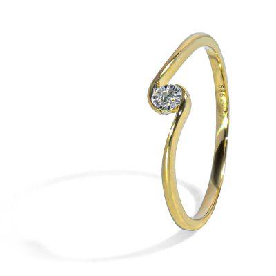 Decentný diamantový prsteň
