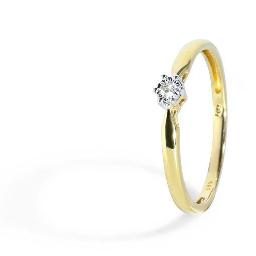 Romantický prsteň s diamantom