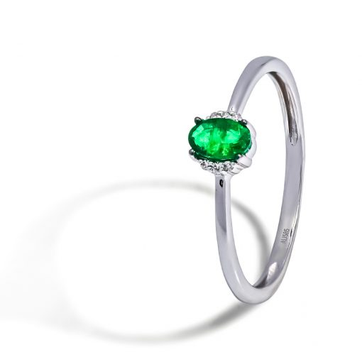 Diamantovy-prsten-biele-zlato-smaragd