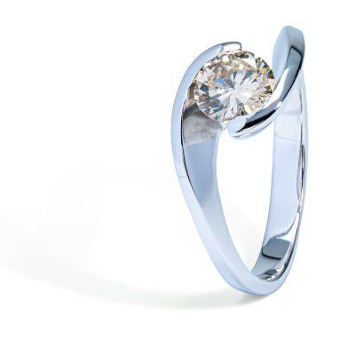Diamantový-prsteň-z-bieleho-zlata-0,83ct
